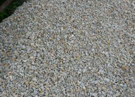 Kamenná drva - makadam - na drenáž, ako podkladná vrstva, na obsyp, na hrubé vyrovnanie terénu