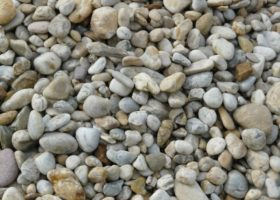 Štrk Dunajský - ozdobný kameň do záhrad, jazierok a chodníkov, ako obsyp